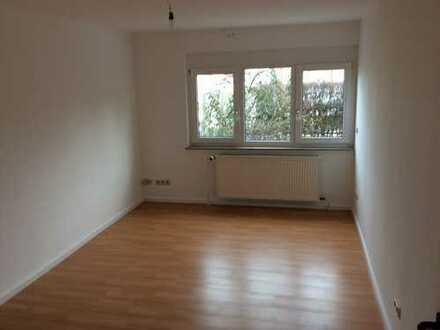 Erstbezug nach Sanierung: 3-Zimmer-EG-Einliegerwohnung in Hemmingen