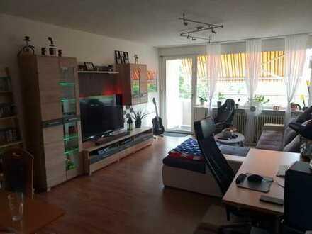 Freundliche 3,5-Zimmer-Wohnung mit Balkon