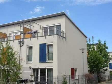 Exclusives Stadthaus (vollmöbliert) im beliebter Lage von DA für ca. 3 Jahren zu vermieten!