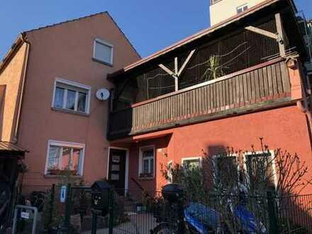 Provisionsfrei: Sanieren und einziehen! Haus in Burglengenfeld