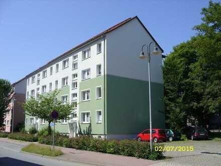 Geräumige 3-Raum-Wohnung mit Balkon und einem Ausblick ins Grüne