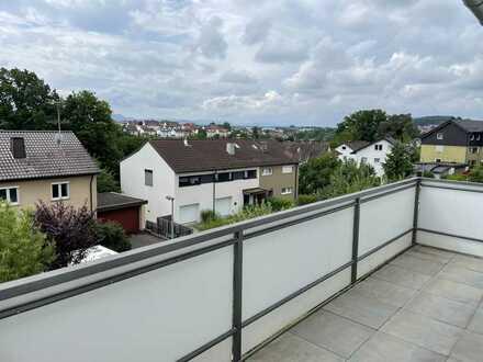 Helle & moderne 3-Zimmer-Wohnung mit Fußbodenheizung, Balkon und Einbauküche