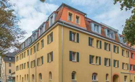 Schöner Wohnen können Sie hier: helle 3 ZKB Wohnung, zentral und dennoch ruhig gelegen