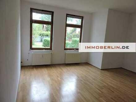 IMMOBERLIN: Gepflegte lichtstarke Wohnung im netten Ortszentrum