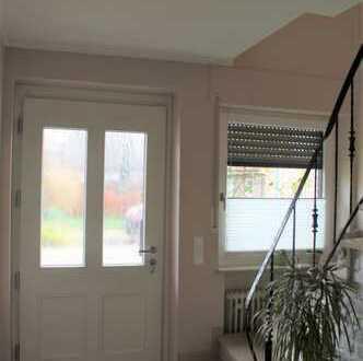 Wohnen in gemülichem Einfamilienhaus in ruhiger ländl. Lage