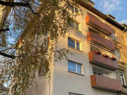 ++ Stuttgart-Nord ++ 4 Zimmerwohnung mit Balkon und Weitblick ++