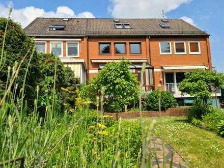 Charmantes Reihenmittelhaus mit idyllischem Garten in attraktiver Wohnlage von Osterholz!