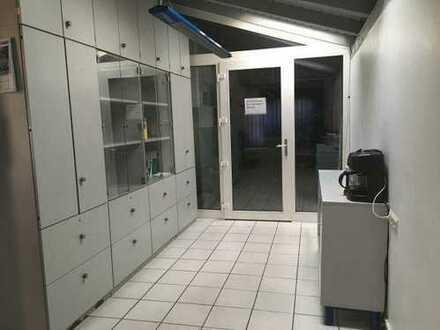 11_VH3587 Gewerbegrundstück mit Lagerhalle und Werkstatt / Regenstauf