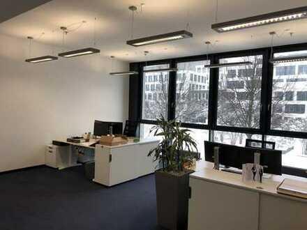 Unter- oder Nachmieter für helle, moderne Bürofläche in der Parkstadt Schwabing gesucht