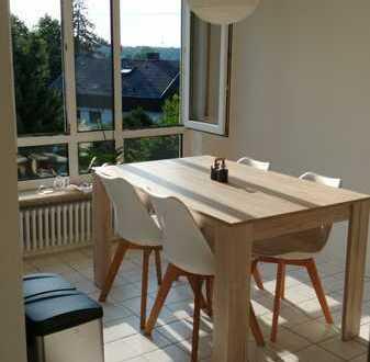 Freundliche 3-Zimmer-Dachgeschosswohnung mit Einbauküche in Karlsruhe