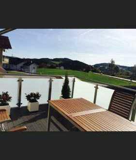 Moderne, möbilierte 4 Zimmer Wohnung - mit Balkon und toller Aussicht in den Bayerischen Wald
