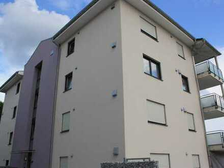 Wohnen im Neubau! Hochwertige 3-Zimmer-Wohnung mit Balkon und Einbauküche im Zentrum Mainburgs