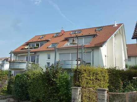 Schicke 3,5-Zimmer-Dachgeschoss Maisonettewohnung in Höhenaussichtslage in Beuren