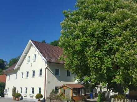 SOFORT DURCHSTARTEN-Pension im Landhausstil mit 19 Zimmern, Gasthaus mit Betreiberwhg und Biergarten