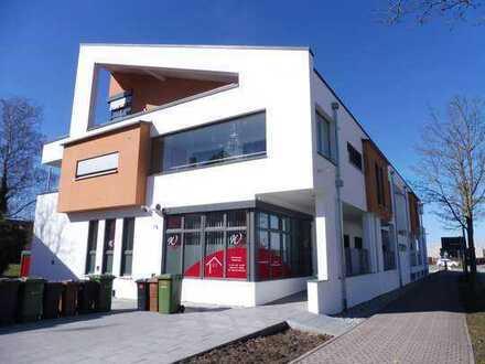 Erstbezug: freundliche 4-Zimmer-Penthouse-Wohnung mit Balkon in Pfedelbach