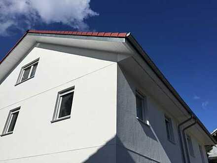 Zentrumsnahe DHH in schöner Wohnlage!