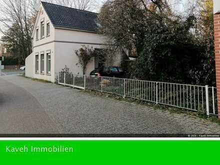 - VERKAUFT - Zentral gelegenes Haus mit großem Grundstück
