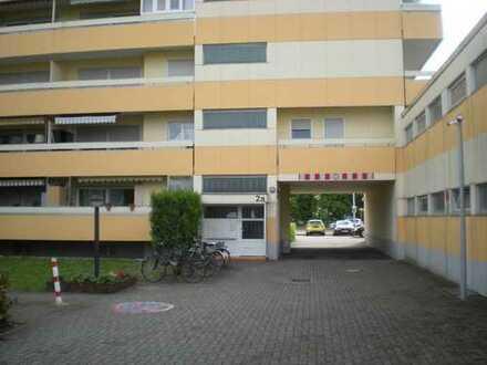 2 Zimmer - Mietwohnung mit Einbauküche, Gäste-WC, Balkon + PKW-Stellplatz in Germersheim