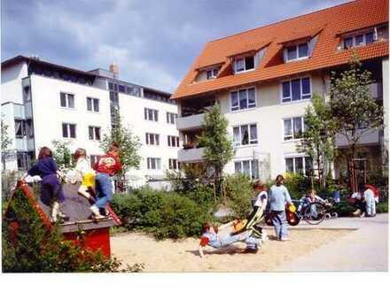 Sehr schöne 2-Raum-Wohnung mit Dachterrasse in Niedersedlitz!