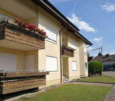 Modernisierte 1-Zimmer-Wohnung mit Balkon und Einbauküche in Karlsbad