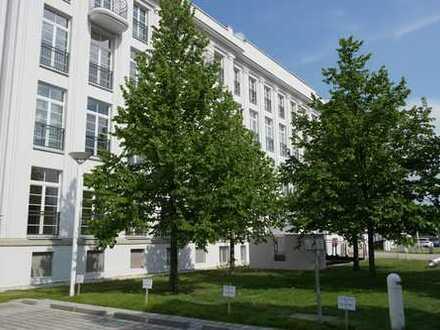 ++hochwertig sanierte 4-Zimmer-Maisonette-Wohnung mit großer Dachterrasse mit Blick über Dresden++