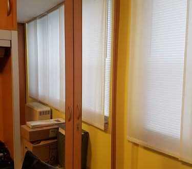 Möblierte 1 Zimmer-Wohnung in Stuttgart Mitte, mit Einbauküche
