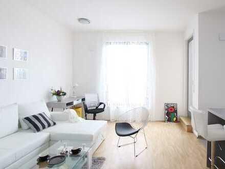 Komplett eingerichtete, moderne Wohnung mit tollem Balkon