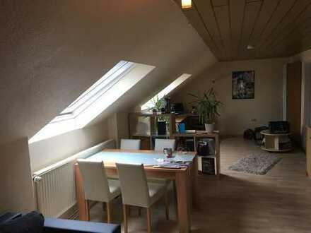 Dachgeschosswohnung in ruhiger Wohnlage von Bochum Riemke