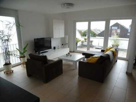 Neuwertige 4-Zimmer Maisonette Wohnung mit EBK in Altdorf