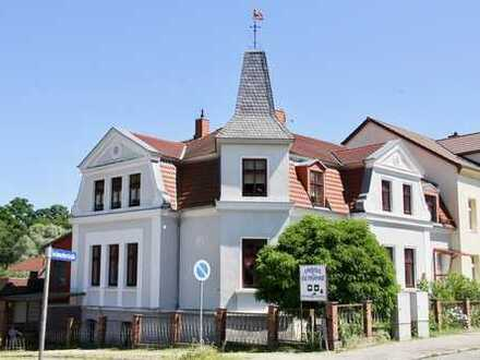 HORN IMMOBILIEN ++ Historisches Mehrfamilienhaus in Burg Stargard