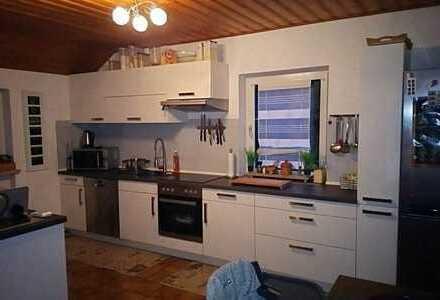 2,5-Zimmer-Maisonette-Wohnung mit EBK