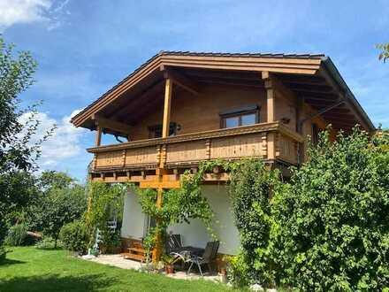 Exklusive, geräumige 3-Zimmer-1.OG/DG-Wohnung in Seefeld - 5-Seen-Gebiet