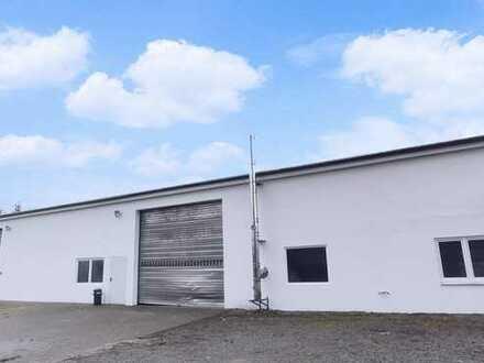 Seltene Gelegenheit ! - Attraktive Gewerbehalle mit saniertem Büro und zwei Rolltoren