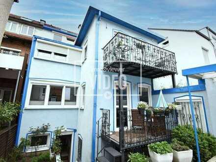 *Zwei schicke Wohnungen oder künftig eine großzügige Maisonette-Whg. mit Balkon, Garage u. Carport*