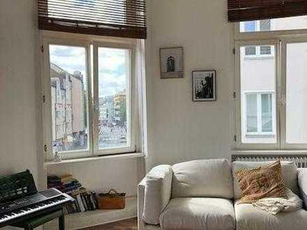 Wunderschönes Zimmer in Altbau, direkt am Hofgarten