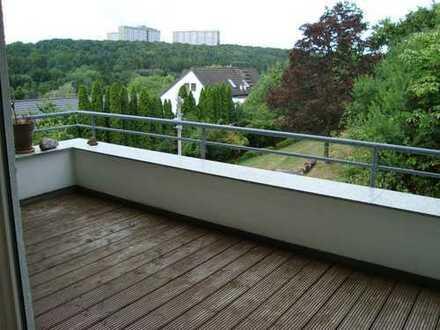 Attrakt. 2 1/2 Zimmer-Dachgeschoss-Maisonette-Wohnung (Liebhaber) 70599 Stuttgart-Schönberg