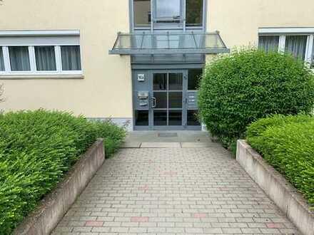 Stilvolle - moderne und helle 3-ZKB, Balkon und Bad mit Fenster