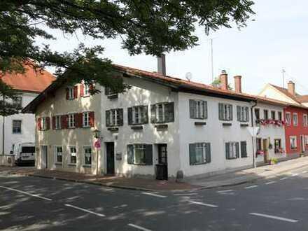***Stadteckhaus in Weilheim Zentrum, vor Weihnachten noch einziehen***
