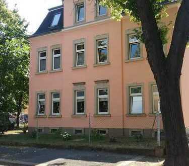 2-Zimmer-DG-Wohnung* Hell*Ruhig* Wohnküche* Fußbodenheizung/Bad*kleines MFH
