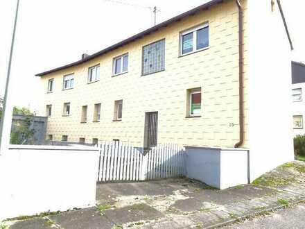 Großzügiges 2-Familienhaus in Hilst