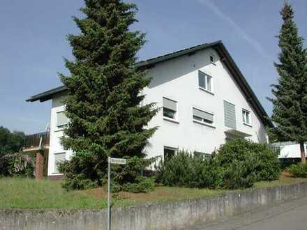 Mackenbach helle 2-ZKB mit Balkon, + Bad und Küche neu +