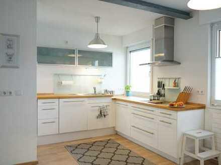 Modern möblierte 2,5-Zimmer-Wohnung mit Grundaustattung und Klimaanlage