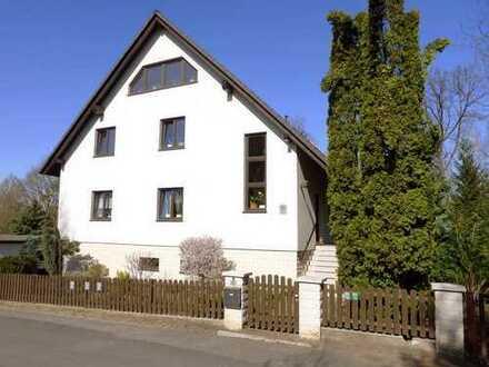 Zweifamilienhaus in beliebter Lage