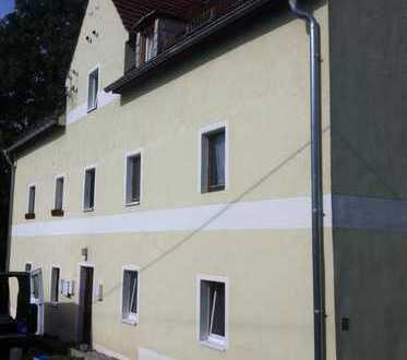 Möblierte 2-Zimmer-Wohnung im DG / 1 Monat kaltmietfrei