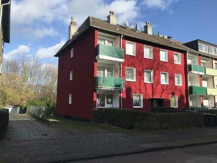 Renovierte 3,5-Raum-Erdgeschosswohnung mit Balkon in Bochum