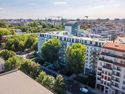 Umfassend Modernisierte 2 Zimmer Wohnung mit zwei Balkonen