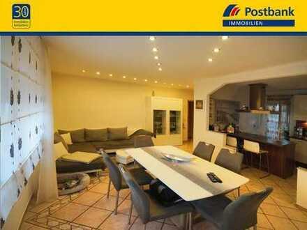 WOHNEN DELUXE IN GELNHAUSEN-ROTH! 1-FH, ca. 140,80 m² WFL, Wintergarten, Terrasse, Balkon & EBK!
