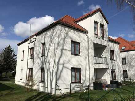 sonnige 3 Zimmer Dachgeschosswohnung mit Terrasse