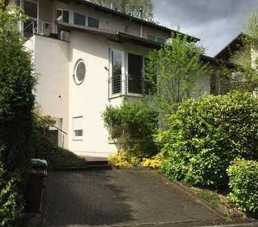 Schönes Haus mit vier Zimmern in Oberbergischer Kreis, Engelskirchen