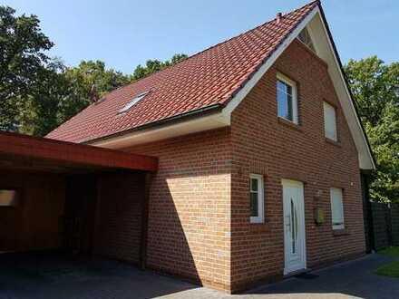 Schönes, geräumiges Haus mit vier Zimmern in Oldenburg (Kreis), Hude (Oldenburg)